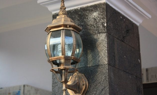 Model Lampu Pagar Rumah Minimalis Modern dan Elegan