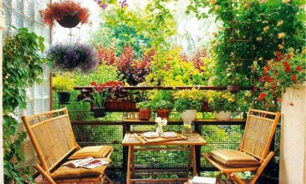 Inspirasi Dekorasi Teras Balkon Rumah yang Sempit Menjadi Tempat yang Cozy