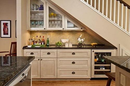 Top 15 Model Dapur Mungil Bawah Tangga Yang Dapat Anda Gunakan