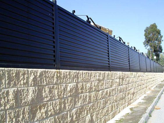 Inspirasi Desain Pagar Tembok 21