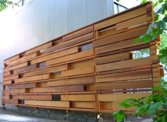 desain pagar palet kayu 22