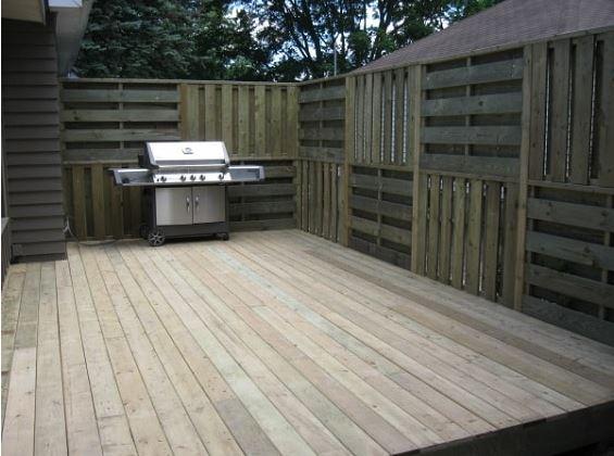 desain pagar palet kayu 3