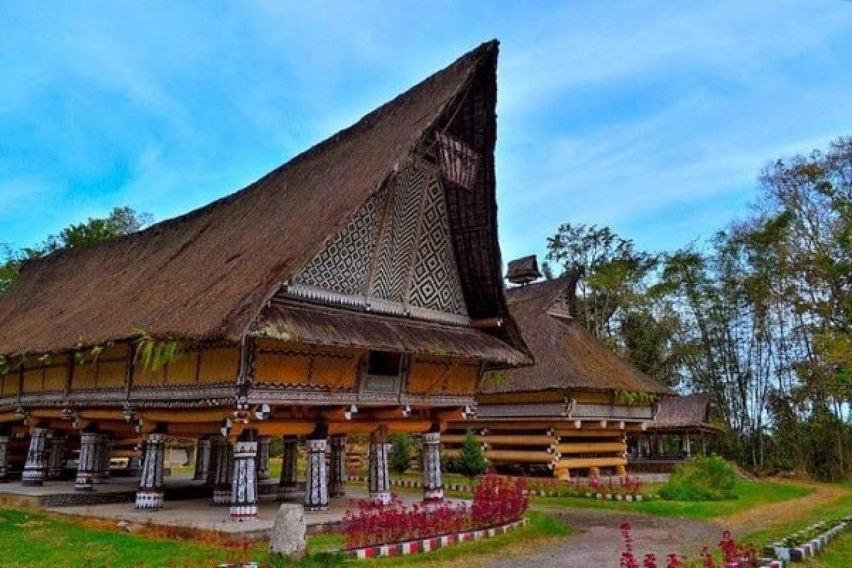 Rumah Adat Sumatera Utara Penjelasan Sejarah Dan Inspirasi Desain