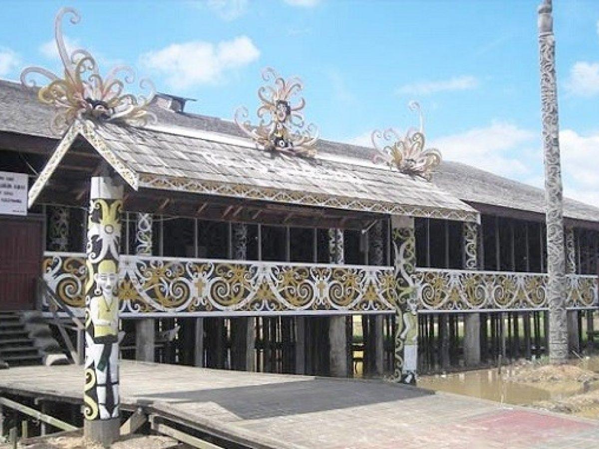 Rumah Adat Kalimantan Timur Sejarah Dan Penjelasan Lengkap
