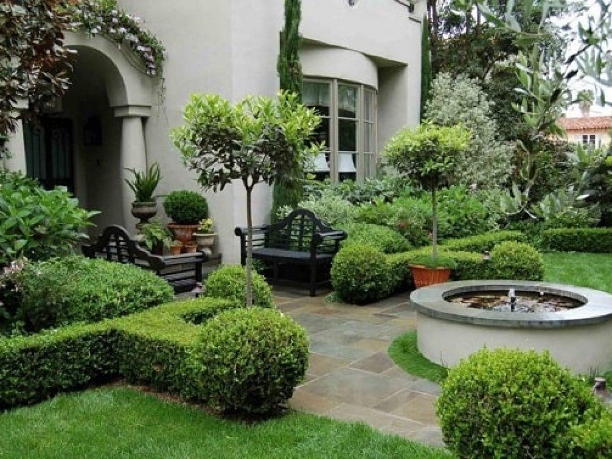 Desain Taman Depan Rumah Luas Yang Asri
