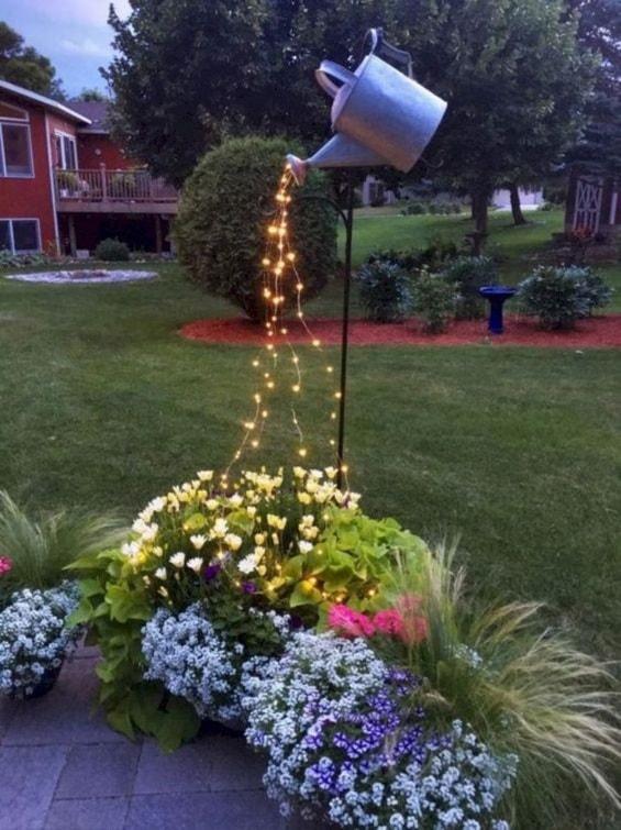 Desain Taman Dengan Barang Bekas  15 desain taman bunga untuk rumah yang lebih indah