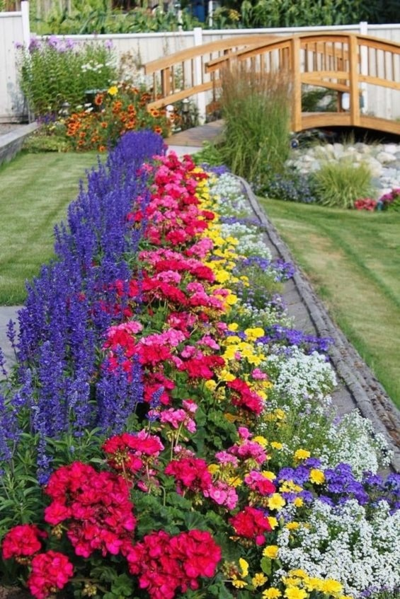Terbaru 24+ Gambar Taman Bunga Mini Di Rumah - Gambar ...